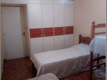 Alugo quarto para estudantes e trabalhadores
