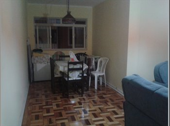 Dividir Apartamento no Cambuí - Quarto Disponível.