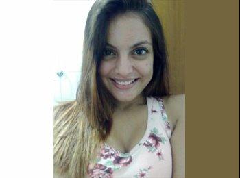 Izabela - 20 - Estudante