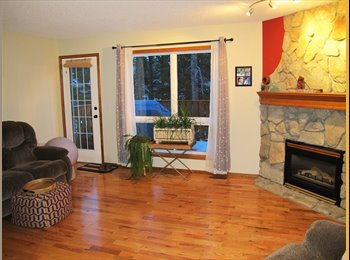 Large Sunny Bedroom in Canmore Available March 1