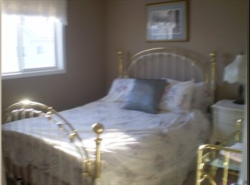 EasyRoommate CA - 1 bedroom furnished with queen bed - Calgary, Calgary - $650
