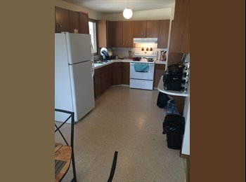 EasyRoommate CA - Looking for female roommate for new NW home - Calgary, Calgary - $700