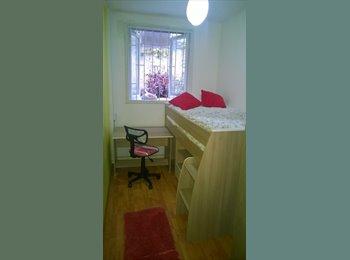 CompartoDepto CL - Linda y luminosa habitación en Barrio Bellas Artes - Santiago Centro, Santiago de Chile - CH$*