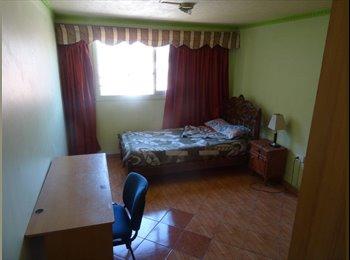 CompartoDepto CL - Arriendo habitacion, Stgo Centro, 200 000 pesos - Santiago Centro, Santiago de Chile - CH$*