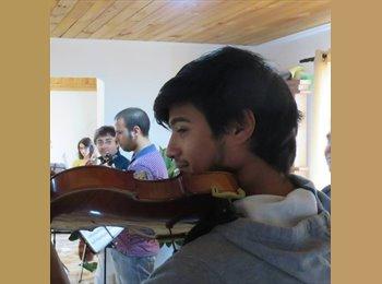 rodrigo - 22 - Estudiante