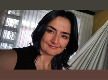 Mónica  - 42 - Profesional