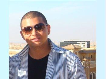 Tarek - 26 - Student