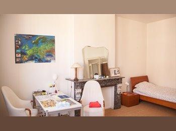 EasyKot EK - kamer beschikbaar voor korte termijn - Diamant - Stadspark, Antwerpen-Anvers - €400
