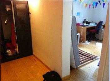 Zeer ruime kamer Dekenstraat