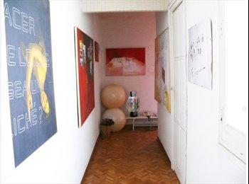 Pequeña habitación en piso  Moncloa / no fumador