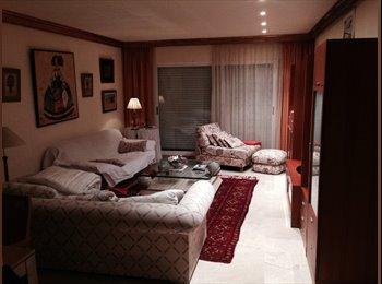 EasyPiso ES - COMPARTO HABITACION EN PISO DE LUJO. - Otras Áreas, Marbella - €325