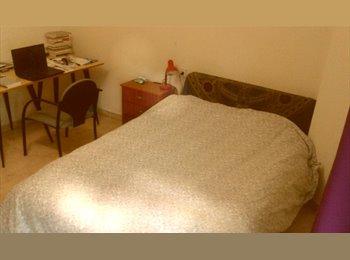 EasyPiso ES - alquiler habitación calle alhamar - Centro Ciudad, Granada - €180