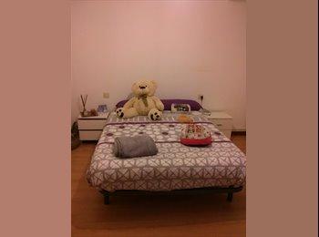 EasyPiso ES - Buscamos compañera de piso en Vitoria - Vitoria-gasteiz, Vitoria-gasteiz - €265