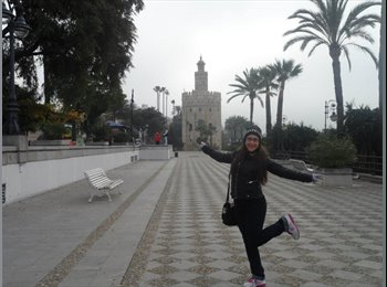 EasyPiso ES - Ana - 24 - Malaga