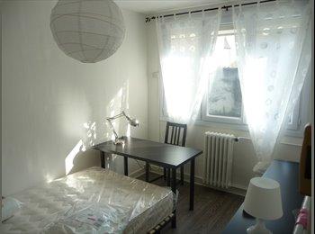 loue chambre meublée