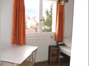Appartager FR - chambre à louer - Grands boulevards, Grenoble - €300