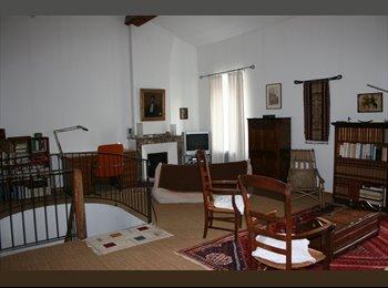 Appartager FR - Chambre loft - Carcassonne, Carcassonne - €400