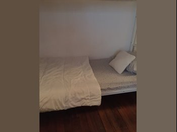 Appartager FR - 75003 - 3ème Arrondissement, Paris - Ile De France - €450