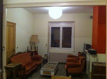 Appartager FR - Colocation dans une grande maison - Amiens, Amiens - €430