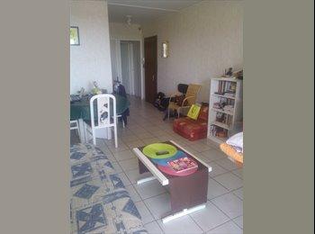 Appartager FR - Propose chambre meublée en colocation - Aix-en-Provence, Aix-en-Provence - €300