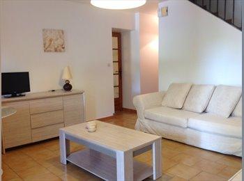 Appartager FR - CHAMBRE dans VILLA DISPONIBLE POUR 3 MOIS - La Garde, Toulon - €300