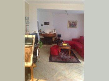 Appartager FR - Chambre en pavillon à louer - Clichy-sous-Bois, Paris - Ile De France - €300
