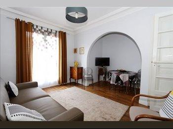 Appartager FR - 2 pièces 49 m² - 15ème Arrondissement, Paris - Ile De France - €550