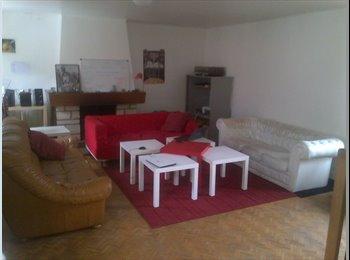 Appartager FR - Colocation Cachanaise - Cachan, Paris - Ile De France - €413