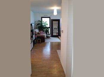 Appartager FR - Chambre meublée et lumineux - 19ème Arrondissement, Paris - Ile De France - €750