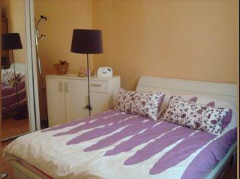 Appartager FR - Super chambre chez l'habitant - Pantin, Paris - Ile De France - €500