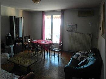 Appartager FR - Chambre meublé à partir d'avril (T4) - Empalot - Saint Agne - Sauzelong, Toulouse - €267