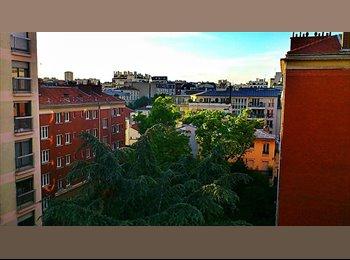 Appartager FR - Colocation Paris 20eme - chambre avec balcon - 20ème Arrondissement, Paris - Ile De France - €723
