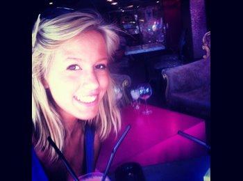 Alexandra - 18 - Etudiant