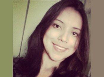 Johanna  - 24 - Etudiant