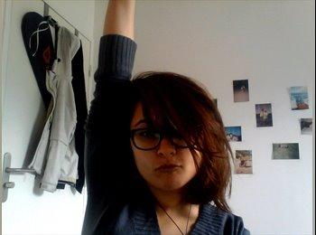 Mounia - 24 - Etudiant