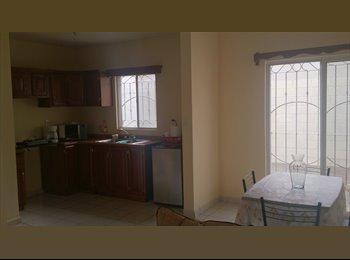 CompartoDepa MX - Se busca roomie (mujer) para compartir gastos. - Saltillo, Saltillo - MX$1500