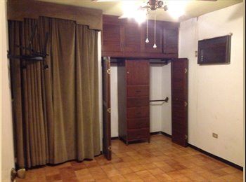 Roomie cuarto privado