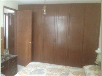 CompartoDepa MX - Rento cuarto con cama matrimonial - Puebla, Puebla - MX$3000