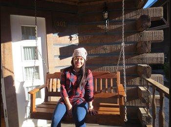 Michelle  - 22 - Estudiante
