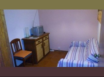 EasyQuarto PT - INDIVIDUAL ROOM TO RENT IN FARO (ALGARVE – PORTUGA - Olhão, Faro - €200