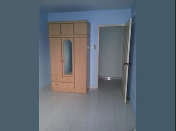 Common Room Fully Furnished With Aircon & Internet