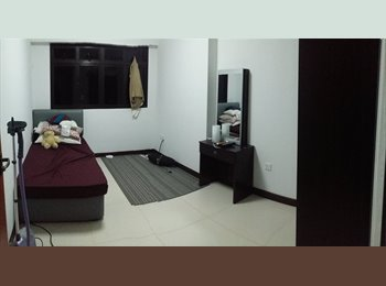 EasyRoommate SG -  1 Common Room for rent with AC and Wifi - Tampines, Singapore - $800