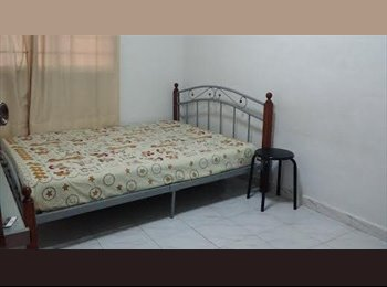Single Clean room available in Bedok South