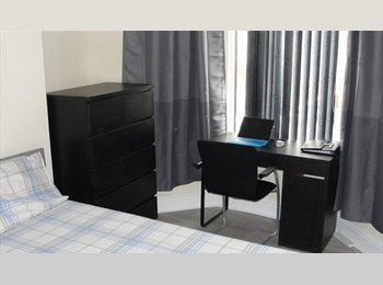 furnishe double room available