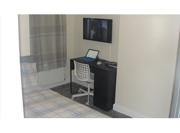 furnished single room available