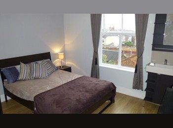 Double room, flexible deposits