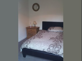 EasyRoommate UK - Lovely Furnished Room in Large Garden Flat - Westbourne, Bournemouth - £350
