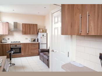 New Rooms-Close to liverpool city.£325pm all bills
