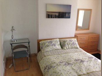 EasyRoommate UK - Modern home with a spare bedroom available - Harrow, London - £550