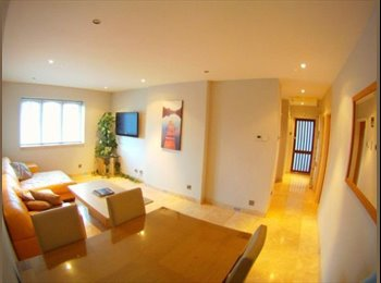 EasyRoommate UK - ALL INCLUSIVE,2 Double bedrooms available in amazi - Manchester City Centre, Manchester - £500